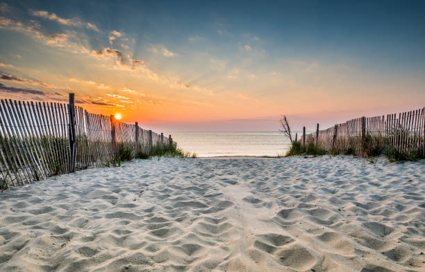Sunrise at the Beach Sunrise over the ocean in Delaware eastern usa stock pictures, royalty-free photos & images
