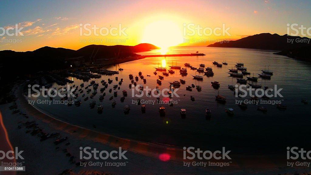 Anjo nascer fazer sol na praia, Arraial fazer Cabo - foto de acervo