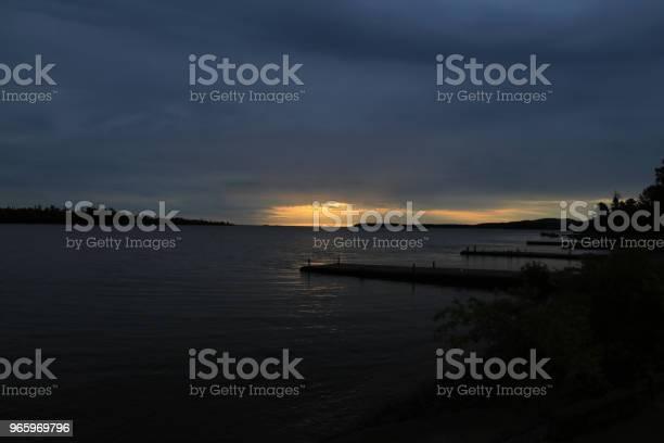 Soluppgång I Koppar Harbor Michigan-foton och fler bilder på Blå