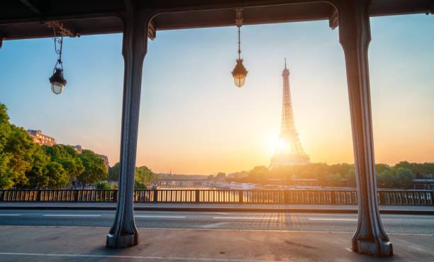 Sonnenaufgang in Paris – Foto