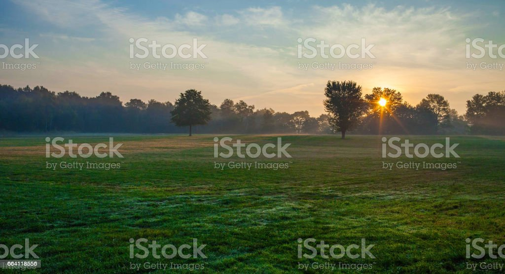 Sunrise in the field foto stock royalty-free