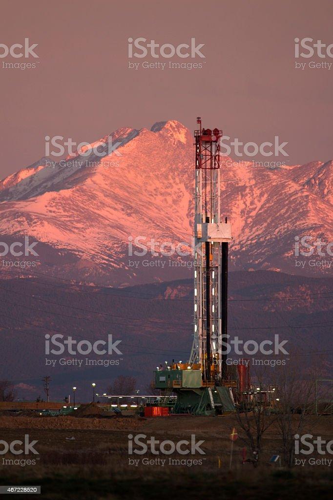 Sunrise oil fracking drill rig Longs Peak Weld County Colorado stock photo