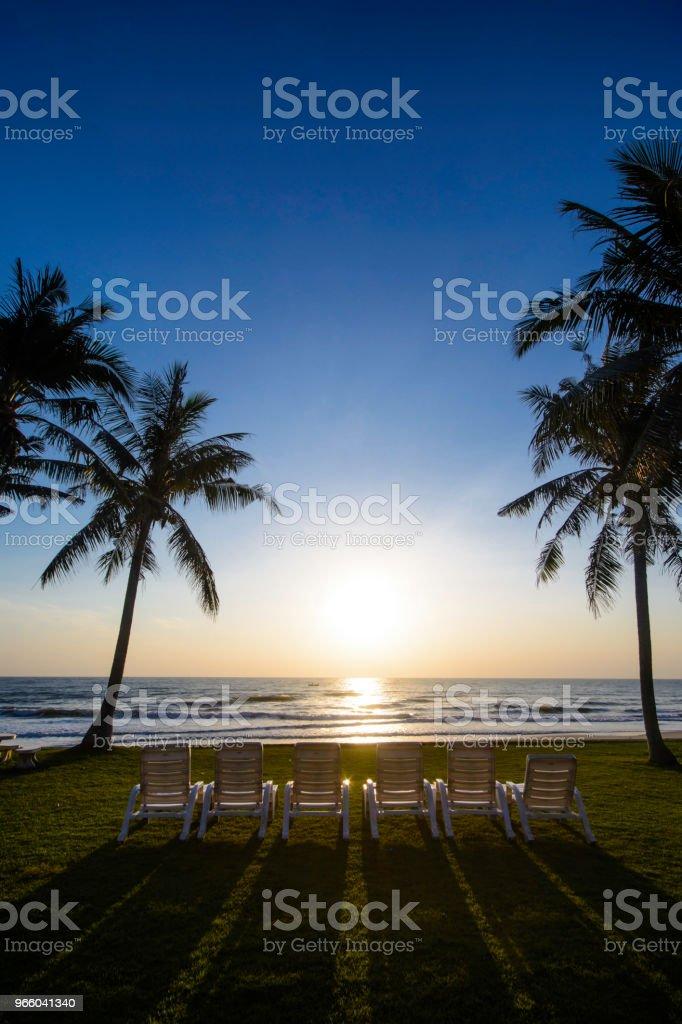 Sonnenaufgang am Strand - Lizenzfrei Abenddämmerung Stock-Foto