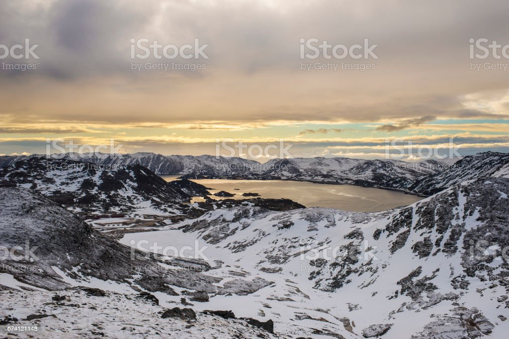 Sunrise over Skipsfjord. Nordkapp. 免版稅 stock photo