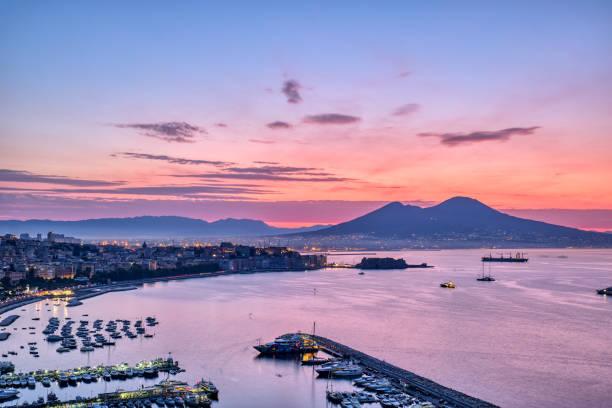 Sonnenaufgang über dem Golf von Neapel – Foto