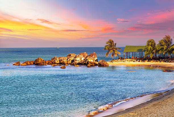 Tramonto paesaggio tropicale mare - foto stock