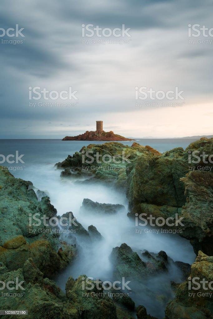 coucher de soleil autour d'une côte (ile d'or et cap dramont) - Photo
