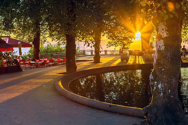 pôr do sol em santuário do bom jesus do monte esplanada de braga - esplanada portugal imagens e fotografias de stock