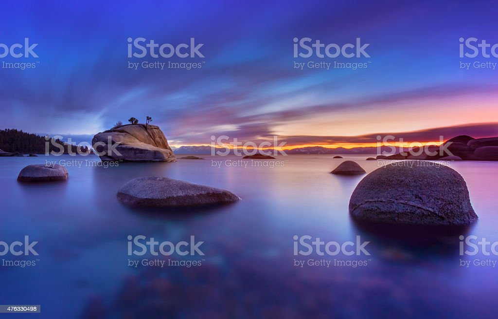 Sonnenuntergang in Bonzai Rock, Lake Tahoe – Foto