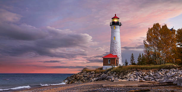 sunset at the crisp point lighthouse - phare photos et images de collection