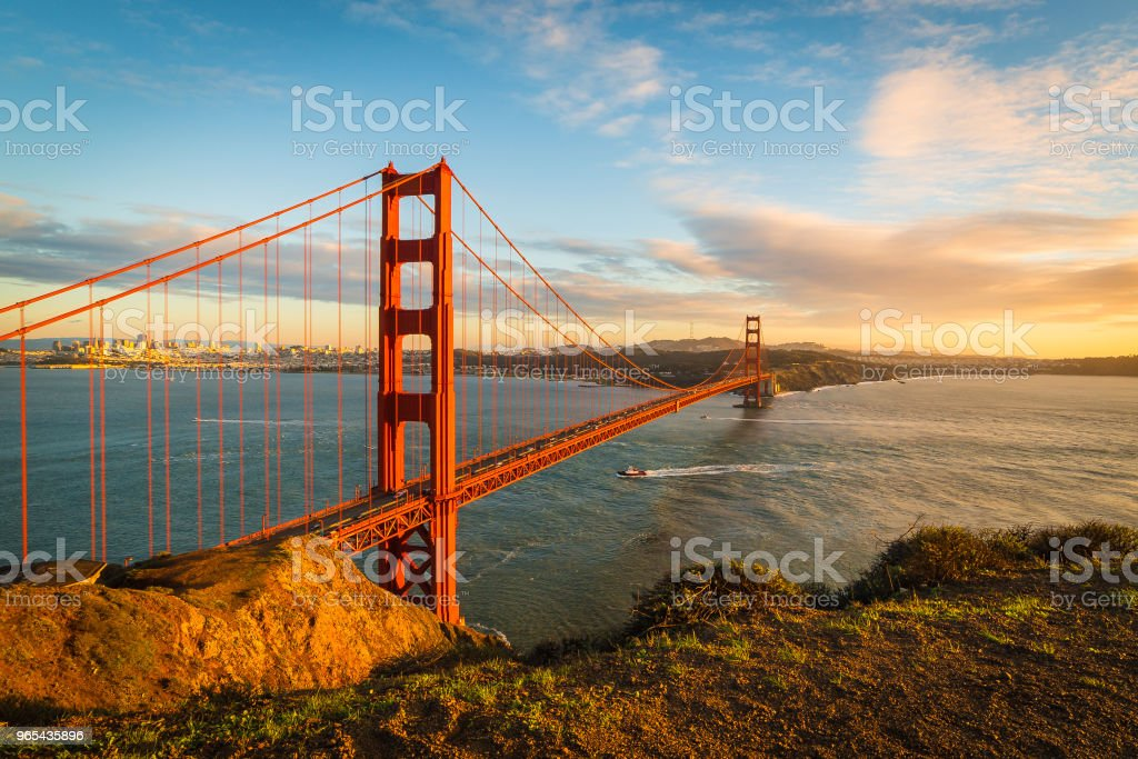 Coucher de soleil sur le pont Golden Gate - Photo de Architecture libre de droits