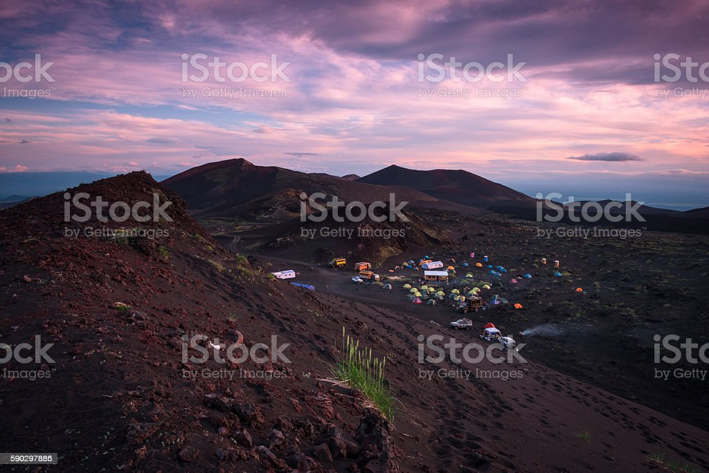 Sunset at the Tolbachik Volcano basecamp royaltyfri bildbanksbilder