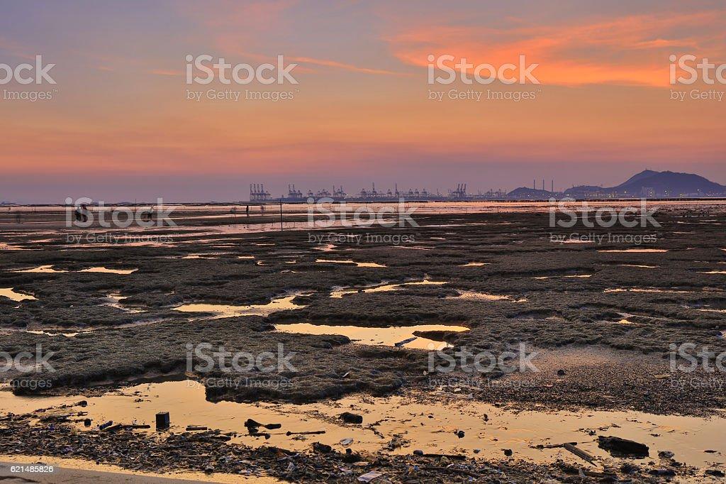 Sunset beach in hong kong Lau Fau Shan Lizenzfreies stock-foto