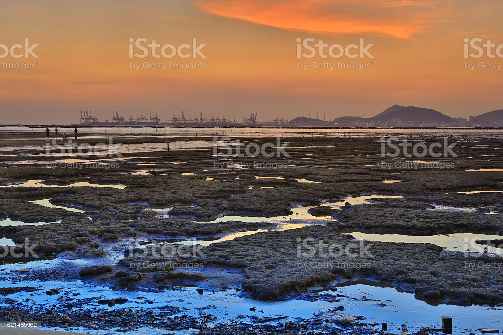 Sunset beach in PAK LAI Lizenzfreies stock-foto