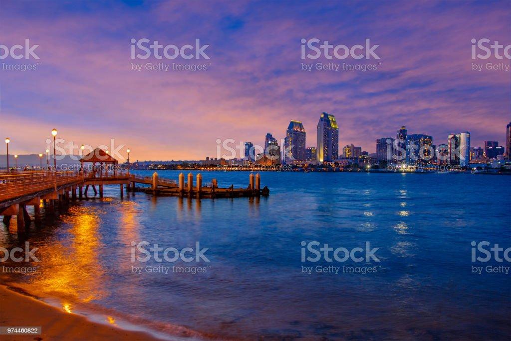 Sunset City Skyline von San Diego, Kalifornien (P) – Foto