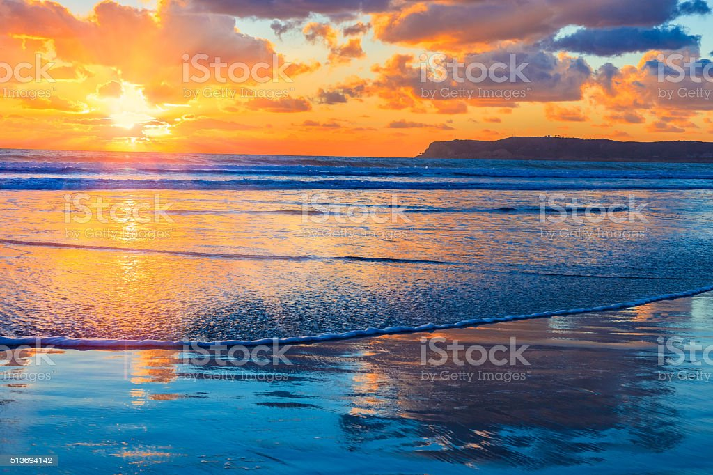 Coronado pôr do sol na praia, surf, San Diego, CA - fotografia de stock