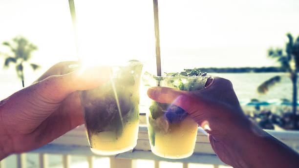 Drink bei Sonnenuntergang in Key West, Florida – Foto