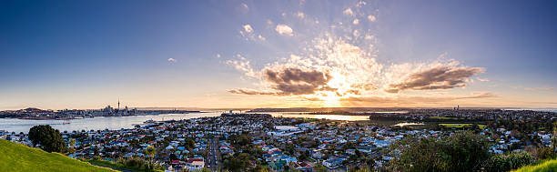 Sunset from Mount Victoria Mount Victoria is an extinct volcano near Devonport in Auckland. It offers spectacular views of the city, especially at sunset. mt victoria canadian rockies stock pictures, royalty-free photos & images