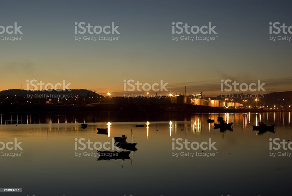 Sunset in a mirror / Reflejos crepusculares royalty-free stock photo