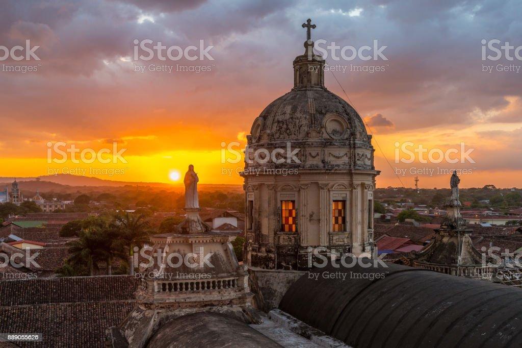 Puesta de sol en Granada, Nicaragua - foto de stock