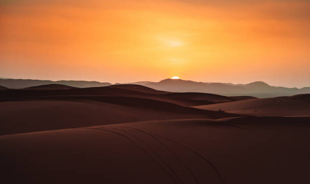 사막의 석양 - 사구 지형 뉴스 사진 이미지