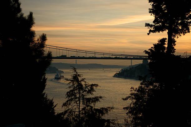 sunset on bosphorus - adomer stok fotoğraflar ve resimler