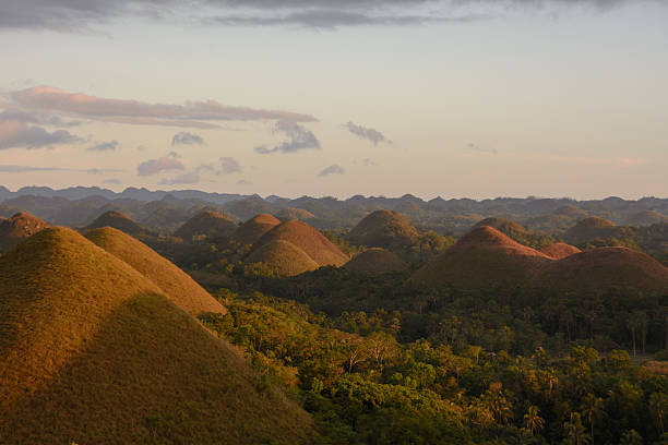 Sunset on the Chocolate Hills, Bohol, Philippines – Foto