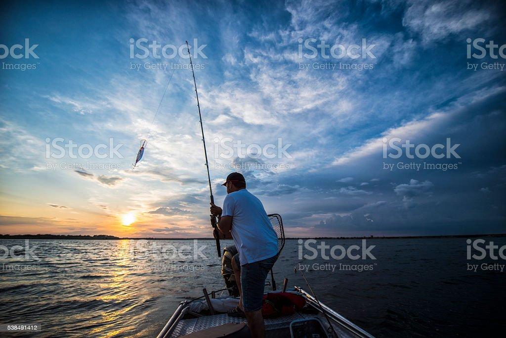 Tramonto sul lago - foto stock
