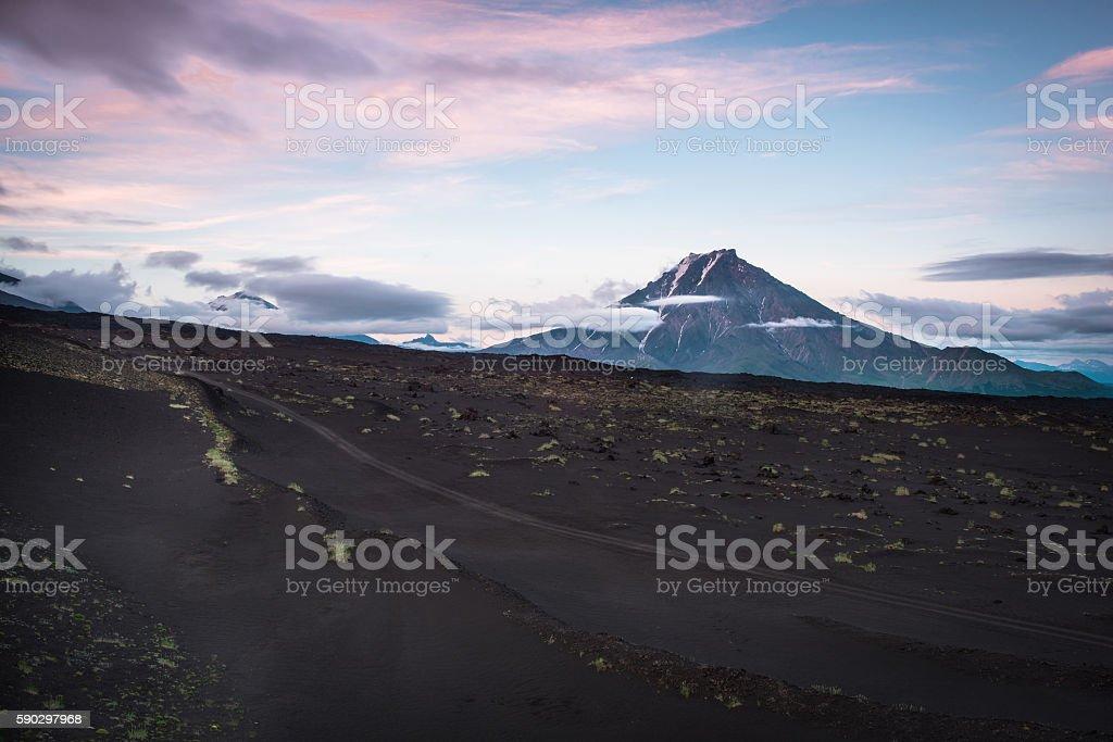 Sunset on the slopes of Tolbachik Volcano royaltyfri bildbanksbilder
