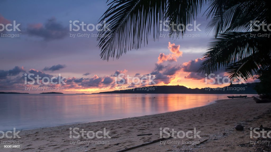 Sunset on the tropical beach, Sonnenuntergang am tropischen Strand II stock photo