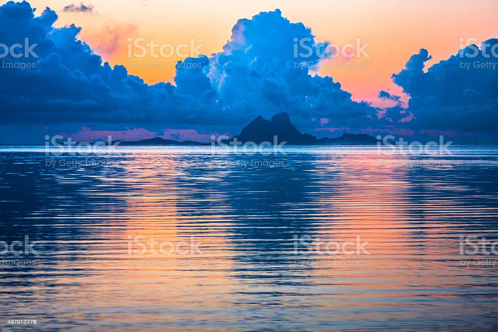 Sonnenuntergang über Bora Bora – Foto