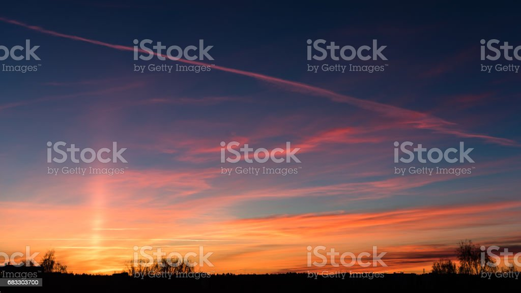 sunset over city royalty free stockfoto