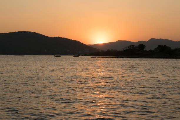 Sunset over Lake Pichola, Udaipur, Rajasthan