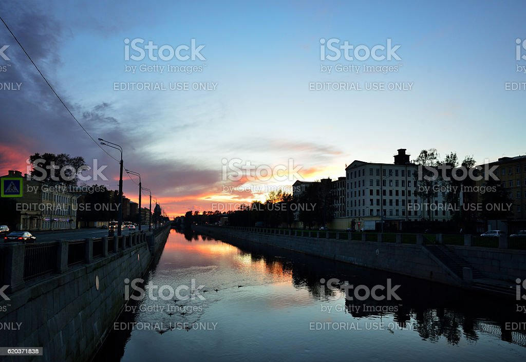 Sunset over Moika river in St. Petersburg. foto de stock royalty-free