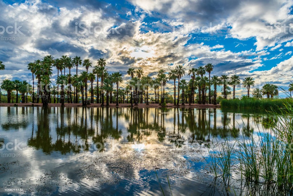 Sunset Over Papago Pond Stock Photo - Download Image Now ...