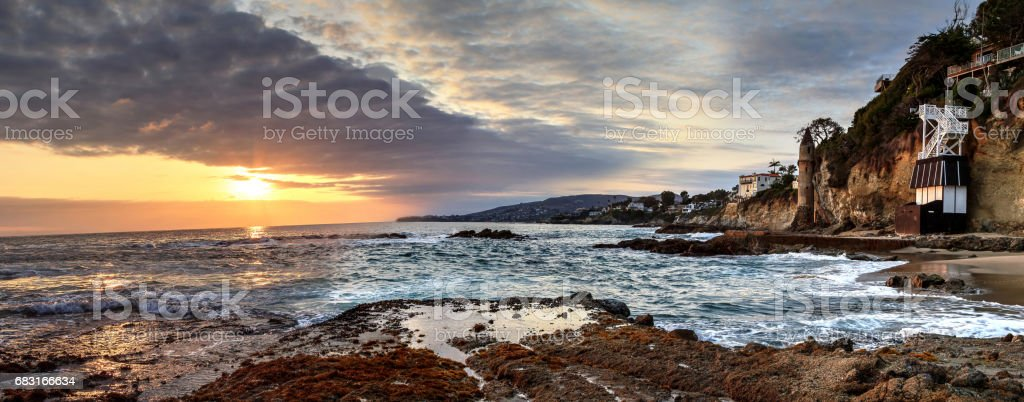 Sunset over Pirates tower at Victoria Beach 免版稅 stock photo