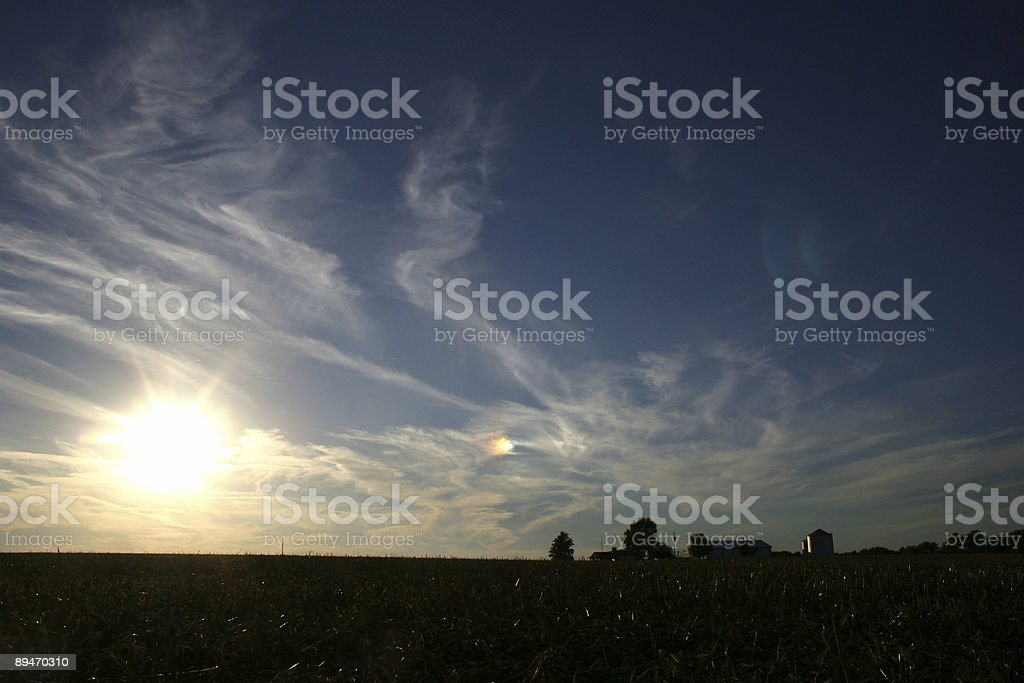 sunset over the heartland royalty free stockfoto
