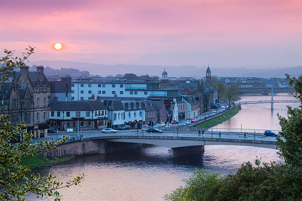 Sunset over the Ness River in Inverness, Scotland Sunset over the Ness River in Inverness, Scotland inverness scotland stock pictures, royalty-free photos & images
