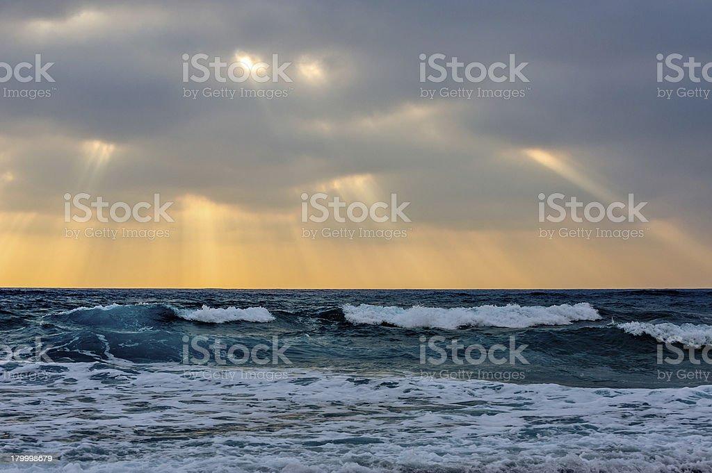 위의 해질녘까지 바다빛 royalty-free 스톡 사진