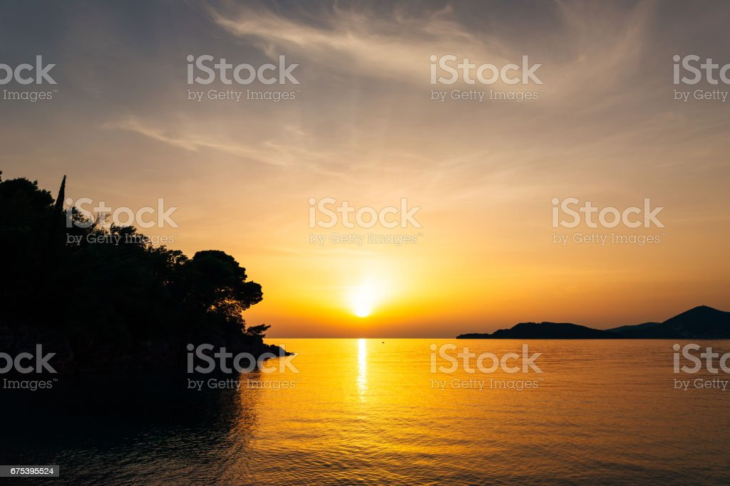 Sunset over the sea. Sunset over the Adriatic Sea. Sun to sit do photo libre de droits