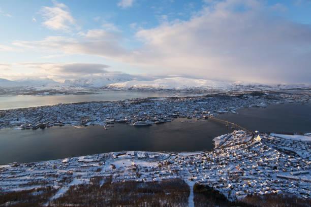 Sonnenuntergang über Tromsø, Norwegen – Foto