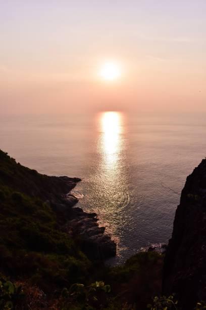 solnedgången - stay tuned bildbanksfoton och bilder