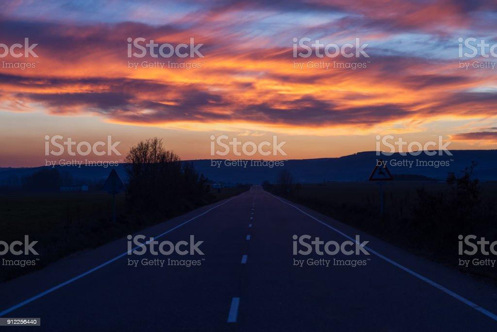 Sunset Road - Carretera al Atardecer Lizenzfreies stock-foto