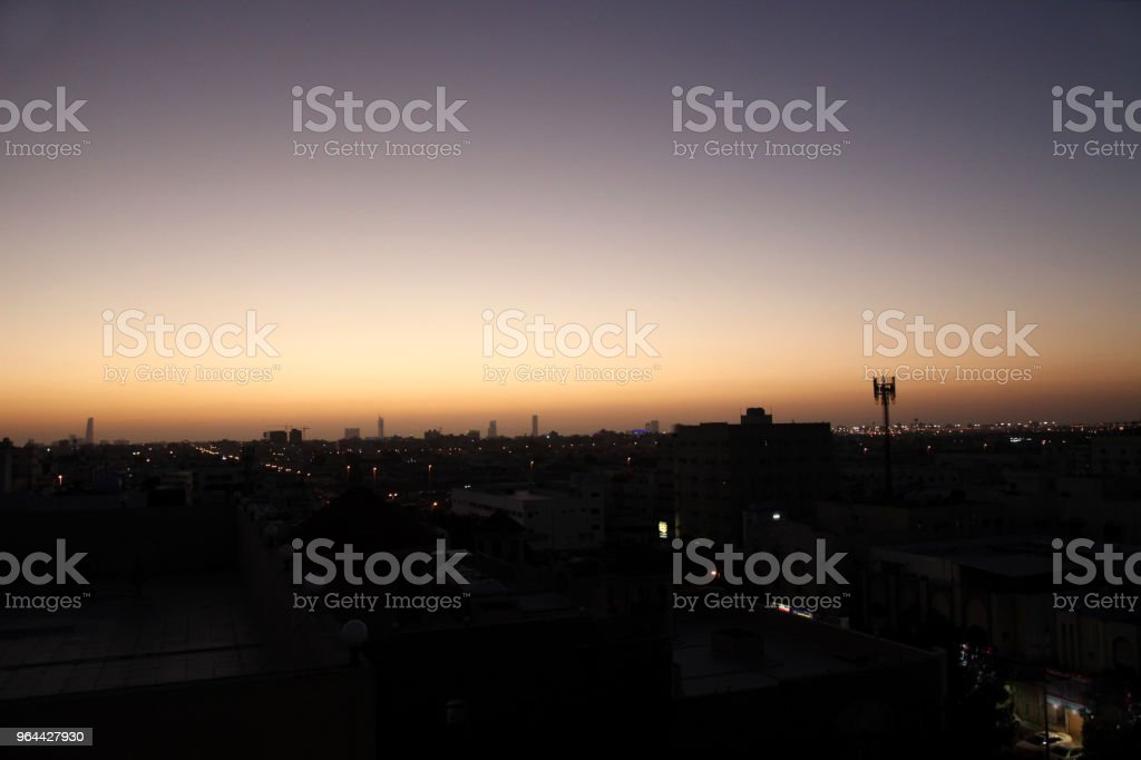 Zonsondergang scène met gebouwen silhouet in een landschap van Jeddah, Saudi-Arabië - Royalty-free Architectuur Stockfoto