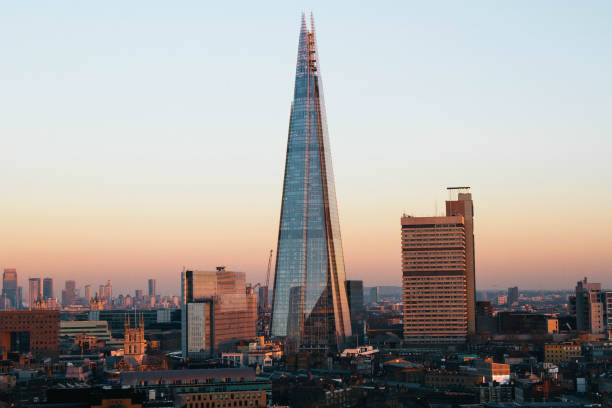 zonsondergang scherf - shard london bridge stockfoto's en -beelden