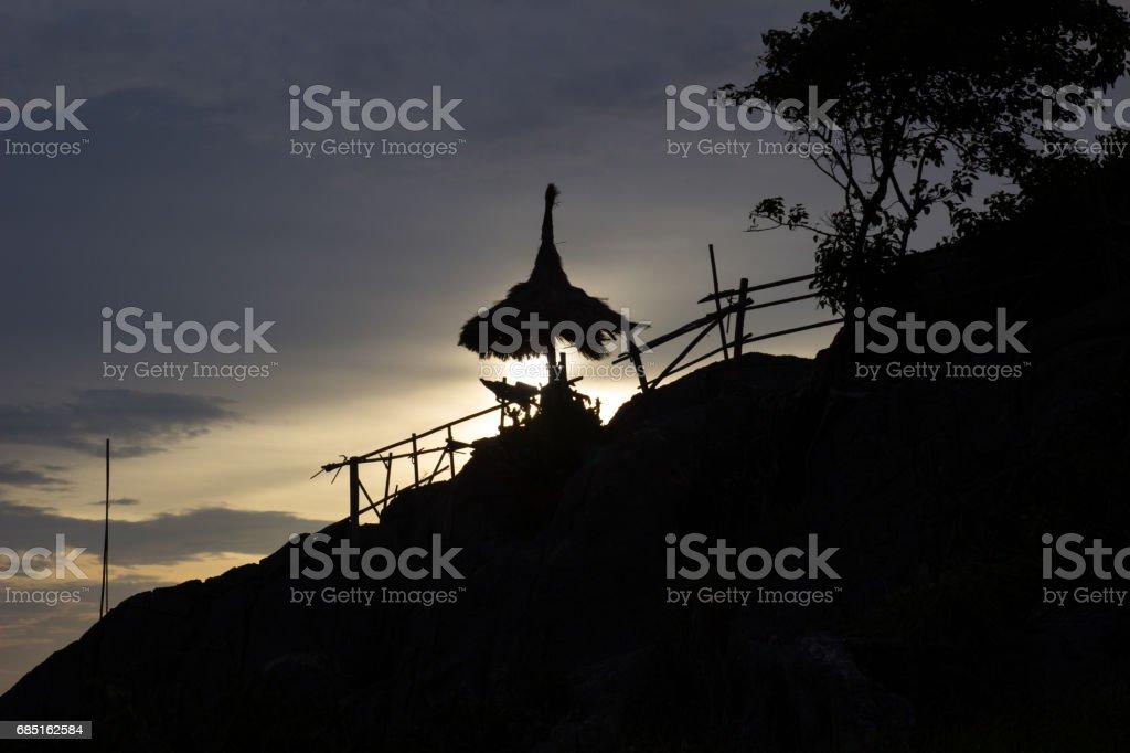 puesta de sol cielo en Koh Sichang, Chon Buri, Tailandia foto de stock libre de derechos