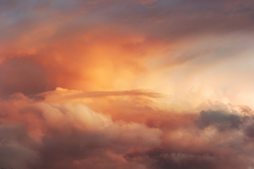 Sunset Sky Over Clouds Landscape Travel Serene Tranquil View Flying Beautiful Natural Colors - Fotografias de stock e mais imagens de Abstrato