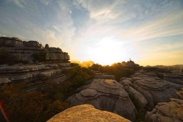 Sunset sunrise in the natural park of el torcal de antequera in picture id1200994668?b=1&k=6&m=1200994668&s=612x612&w=0&h=ts0 wdmox3khlnkkq2yueozqll4ksozdobzjyaqwd w=
