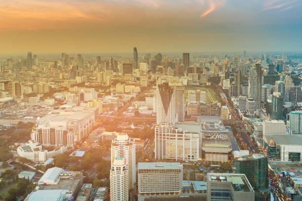 曼谷城市中心商業區日落色調圖像檔