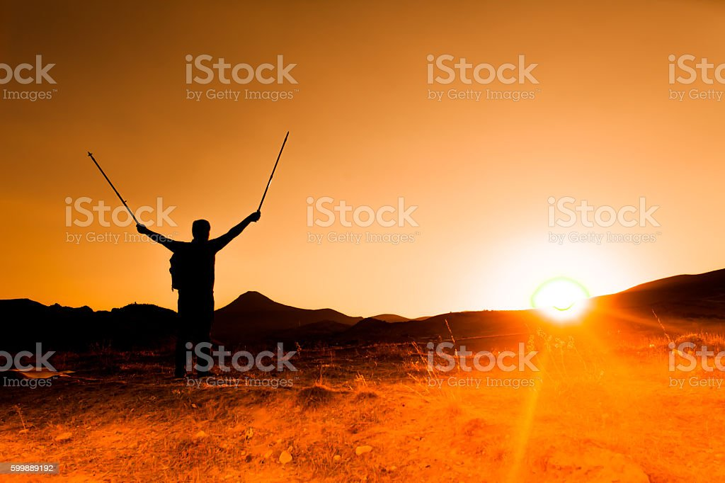 Sonnenuntergang trekking Lizenzfreies stock-foto